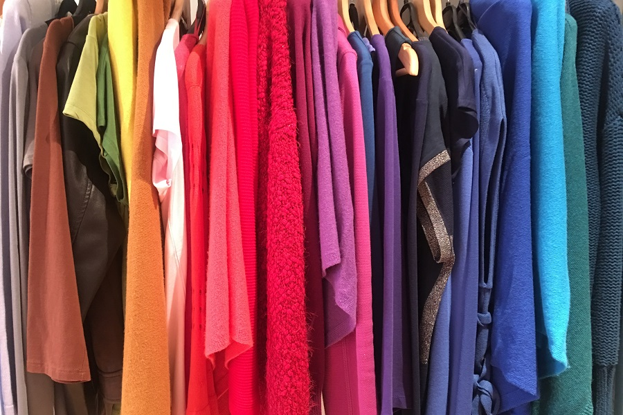 Get a Wardrobe review from Lisa Fisher Colour and Style